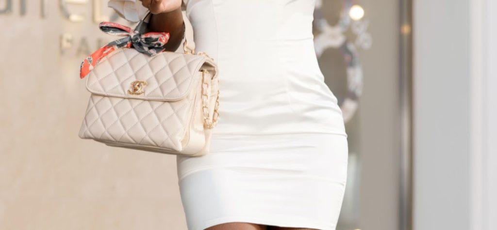 beigefarbene gesteppte Damen Handtasche